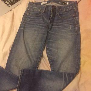 Skinny gap jeans